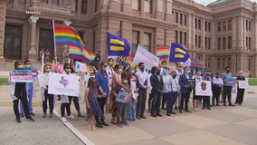 Texas transgender sports bill advances out of committee