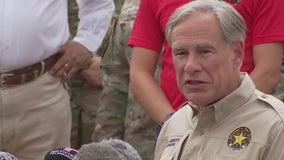 Abbott gets firsthand look at migrant surge at Texas-Mexico border