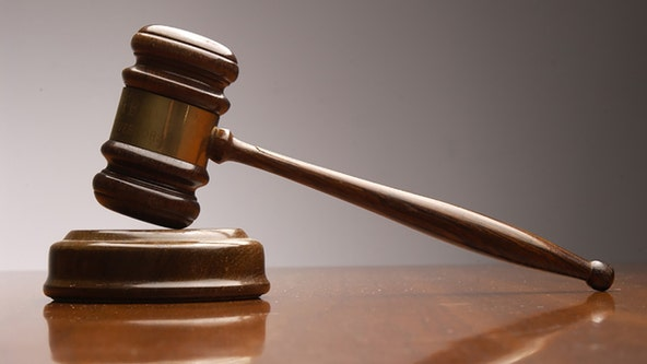 Denton man gets prison sentence for threatening lawmakers