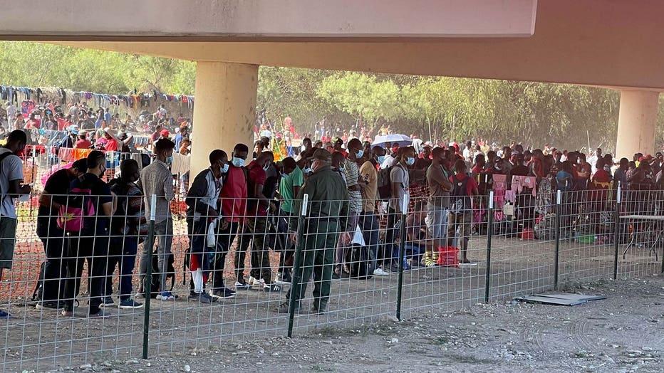 f2dc8514-Border crisis