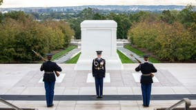 Historic first all-female guard change takes place at Tomb of the Unknown Soldier