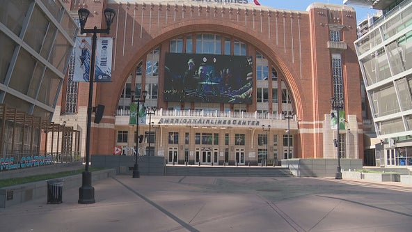 Dallas Mavericks open AAC to full capacity for season opener