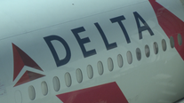 Delta posts strong earnings as fuel prices fall