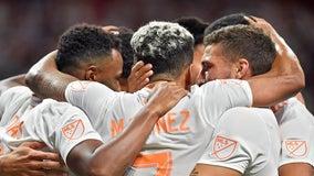 Martínez scores twice, Atlanta United beats Houston 5-0
