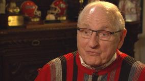 UGA naming football field for legendary coach Vince Dooley