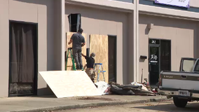 Car crashes into Marietta dance studio