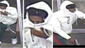 Armed man robs Hapeville Family Dollar store