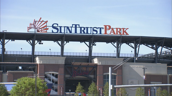 Not Truist yet: Braves park keeping SunTrust name for now
