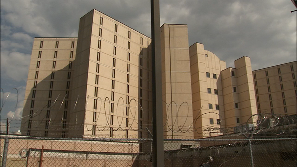 Family of inmate found dead in Fulton County jail files lawsuit