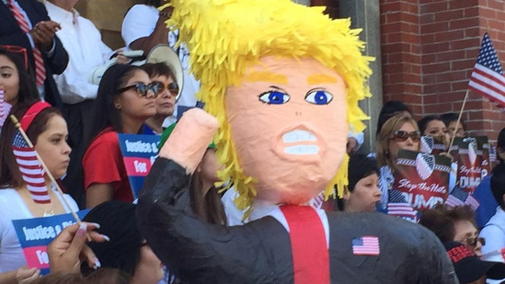 Anti Trump Rally Marches Through Downtown Dallas Fox 5