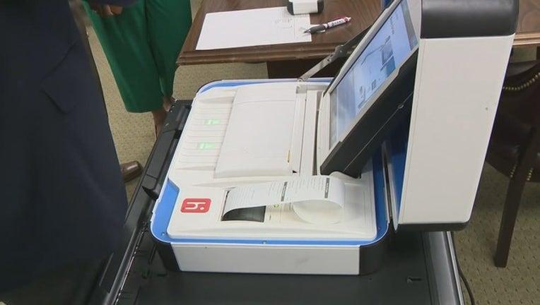 V LXR SEN COMM VOTING MACHINES 5P_00.00.10.01_1552600700205.png.jpg