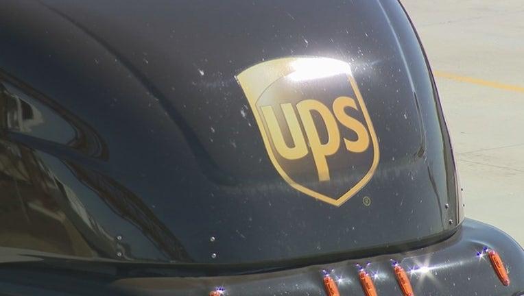 V UPS DRIVER RETIRES NO ACCIDENTS 6A_00.00.06.00_1553860326441.png.jpg