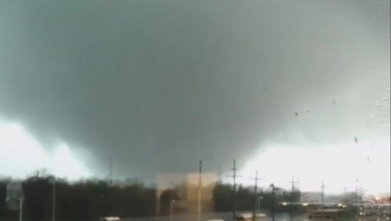 tornado la_1486493951410.jpg