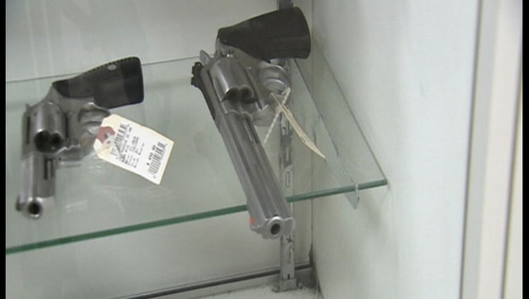 Guns - Handguns_1455741079186.jpg