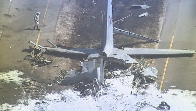 aerials plane crash WAGABCEME01_1.mpg_17.59.40.04_1525301872312.png.jpg