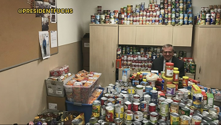 COLLEGE_FORGIVES_PARKING_TICKETS_FOR_FOOD_DONATIONS__STILL___1X6FWUEA.mp4_00.00.14.20_1523274184788.png