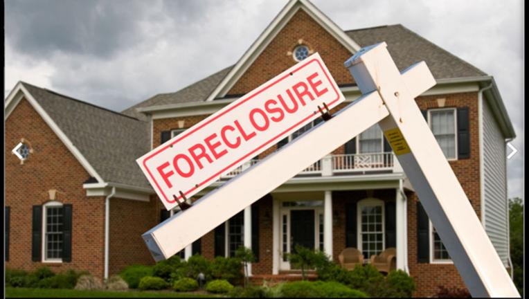 b0822e7e-Is a foreclosed home a windfall or nightmare