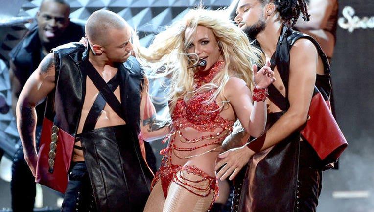 454fdca9-GETTY-Britney-Spears-performs-performing-performance_1557933507813-407068.jpg