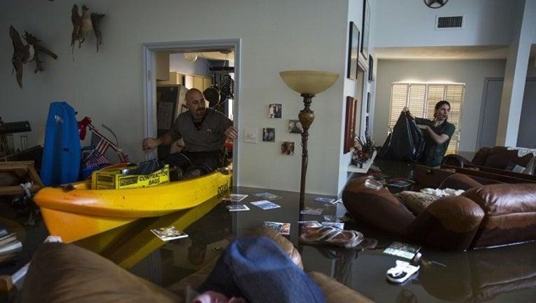 f6748af9-GETTY Harvey House Flood-408795