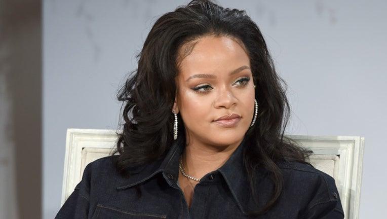 56909248-GETTY Rihanna_1521238693531.jpg-407693.jpg