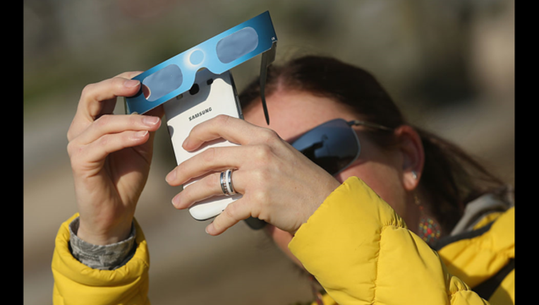 GETTY Solar Eclipse_1501799397997-407068.PNG