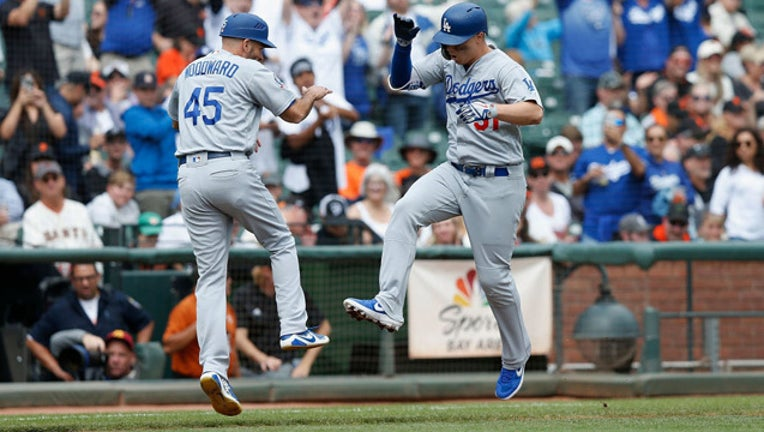 Getty - Images - dodgers - clinch - 775137675lc_0034-408795.jpg_1538268753121
