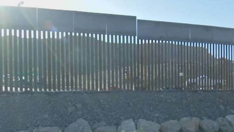 8c91c57d-KSAZ border wall 052919_1559171685914.jpg-408200.jpg