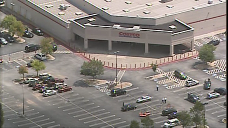 e6354217-Costco SWAT situation in Clayton County