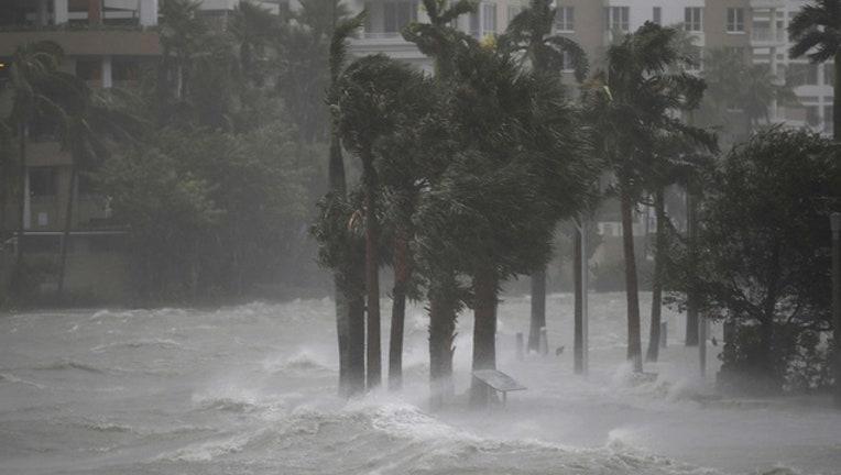 9c755396-Getty Images Miami Irma Sunday Sept 10-402429