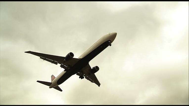 P AIRPORT UBER MEETING 6P_00.00.00.23_1459375340100.png
