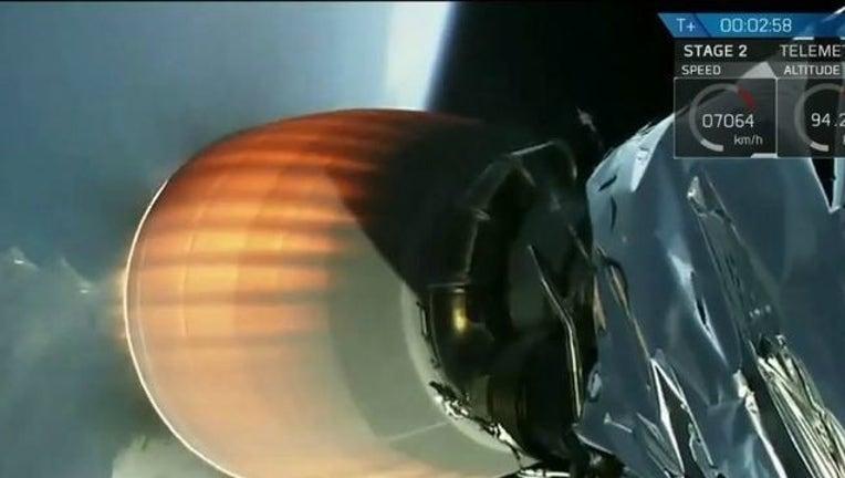 ceb6a6c0-SpaceX_1484417311349.jpg
