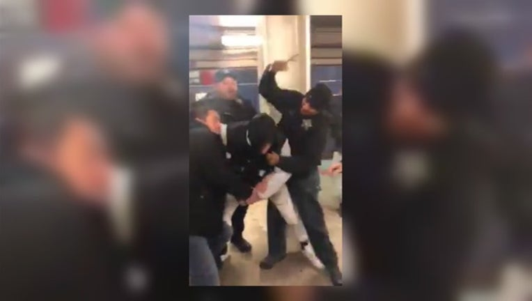 d9f86279-Use of force complaint against Chicago Police-404023