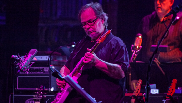 Walter Becker_Getty Images_1504463625447.PNG