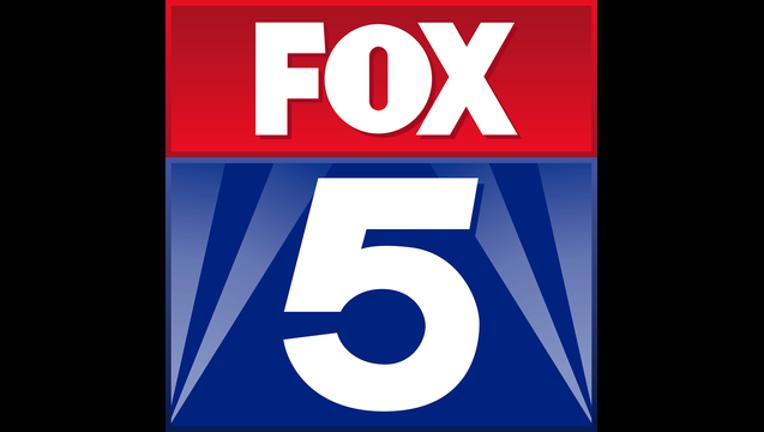 d8a9dc34-FOX 5 Atlanta square black wings 082015_1440104097546.png