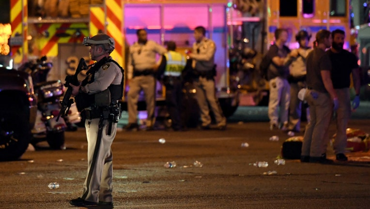 301b043d-Las Vegas shooting scene (GETTY IMAGES)-401720