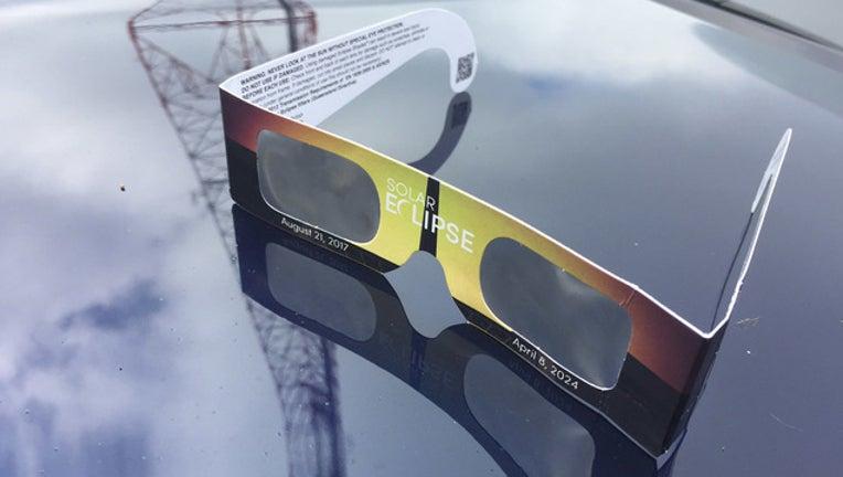 e739b463-eclipse glasses pic watrud resized-401720
