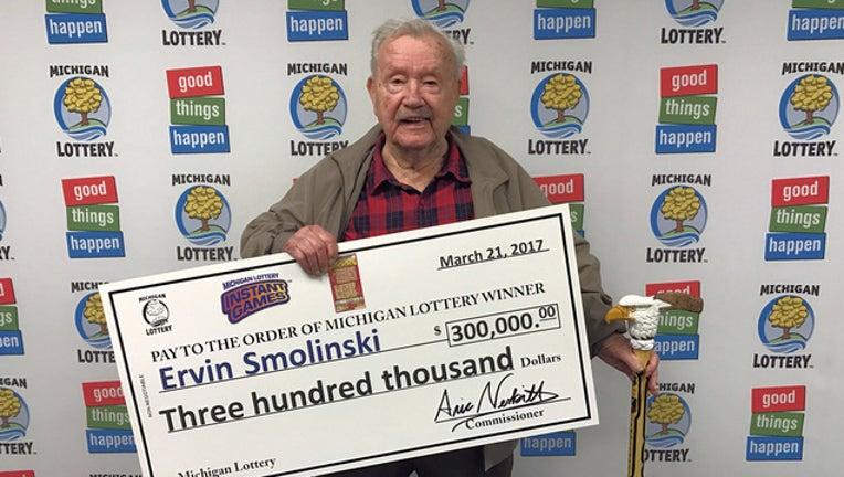 lotto-winner-bkgd_1490291093868-65880.jpg