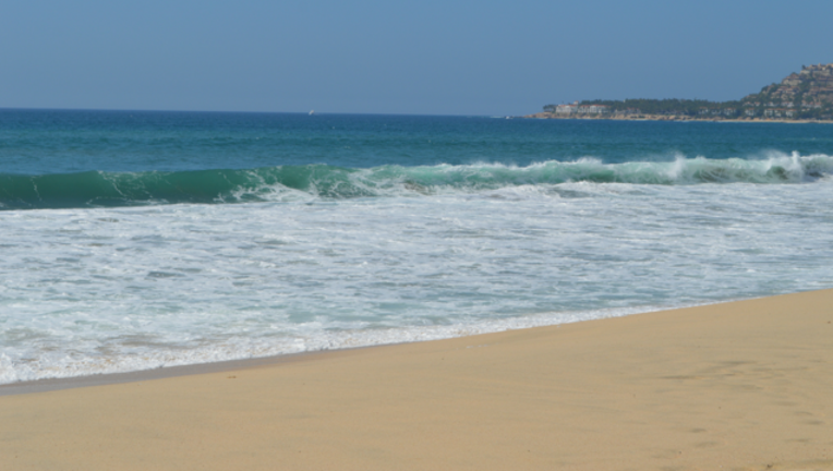 9d17834f-mexico-beach-sand_1502120598418-404023.png
