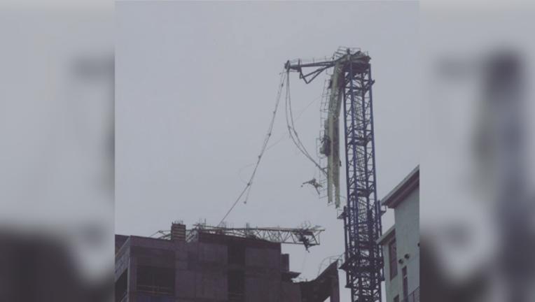 miami-crane-collapse_1505059768134-404023-404023.png