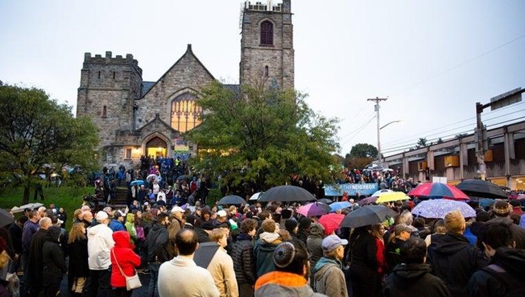 pittsburgh_synagogue_shooting_vigil_02_102818_1540748244549-401096-401096-401096.jpg