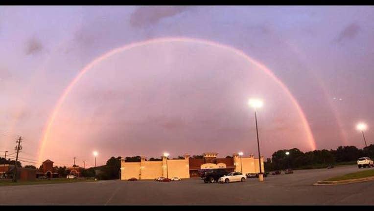 roberta arnold double rainbow cartersville_1443140762575.jpg