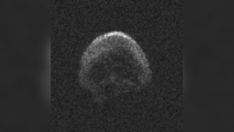 skull_comet_1446252906799-403440.jpg