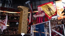 Ric Flair hammers Golden Spike at Saturday's Five Stripes match