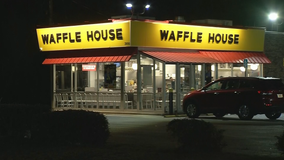 Police search for Union City Waffle House armed robber