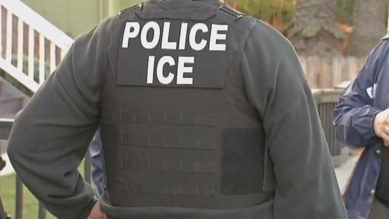 28f7cd37-ICE_Deportations_in_LA_0_7432531_ver1.0_2560_1440_1562845628966-402429.jpg