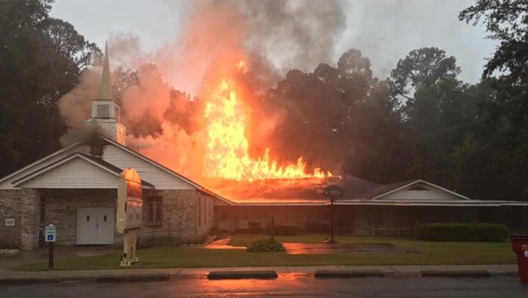 5b5644f0-church fire_1562757464138.jpg-401385.jpg