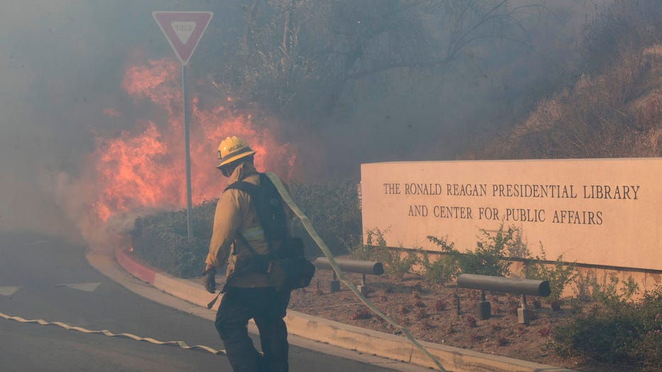 GETTY-Reagan-fire.jpg