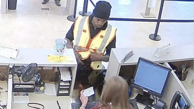 Police: Man wearing reflective vest robs Newnan bank