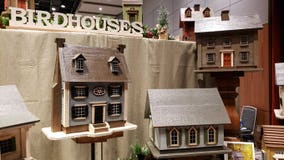 Weekend event offers 'elegant' holiday gift ideas
