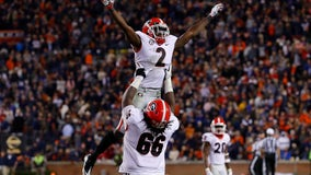 No. 5 Georgia holds on, beats No. 13 Auburn 21-14